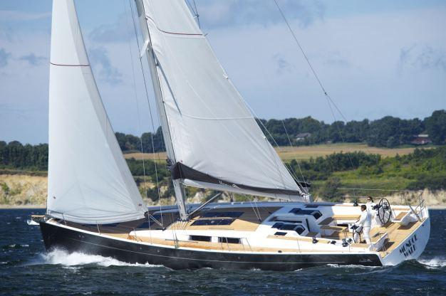 Location de bateaux Hanse575