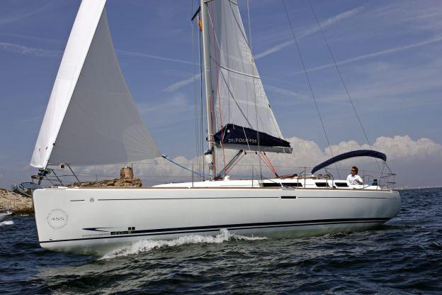 Location de bateaux Dufour455