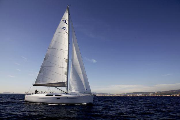 Location de bateaux Hanse400