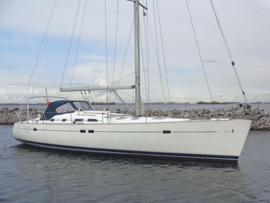 Location de bateaux Oceanis 473