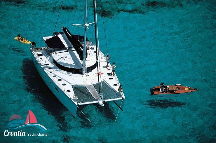 Croatia yacht Fountaine Pajot Eleuthera 60