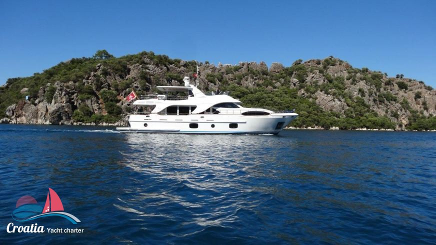 Croatia yacht Benetti Yacht 26M