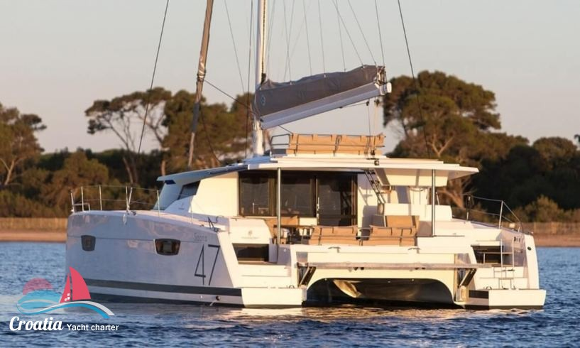 Croatia yacht Fountaine Pajot Saona 47