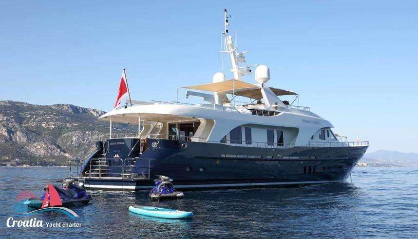 Croatia yacht Custom Moonen 97