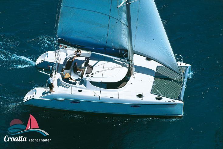 Croatia yacht Fountaine Pajot Lavezzi 40