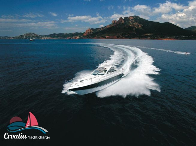 Croatia yacht Fairline Targa 52