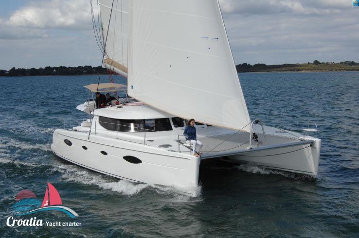 Croatia yacht Fountaine Pajot Salina 48