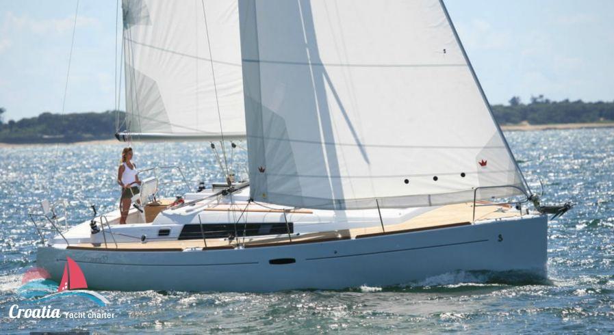 Croatia yacht Beneteau Oceanis  37