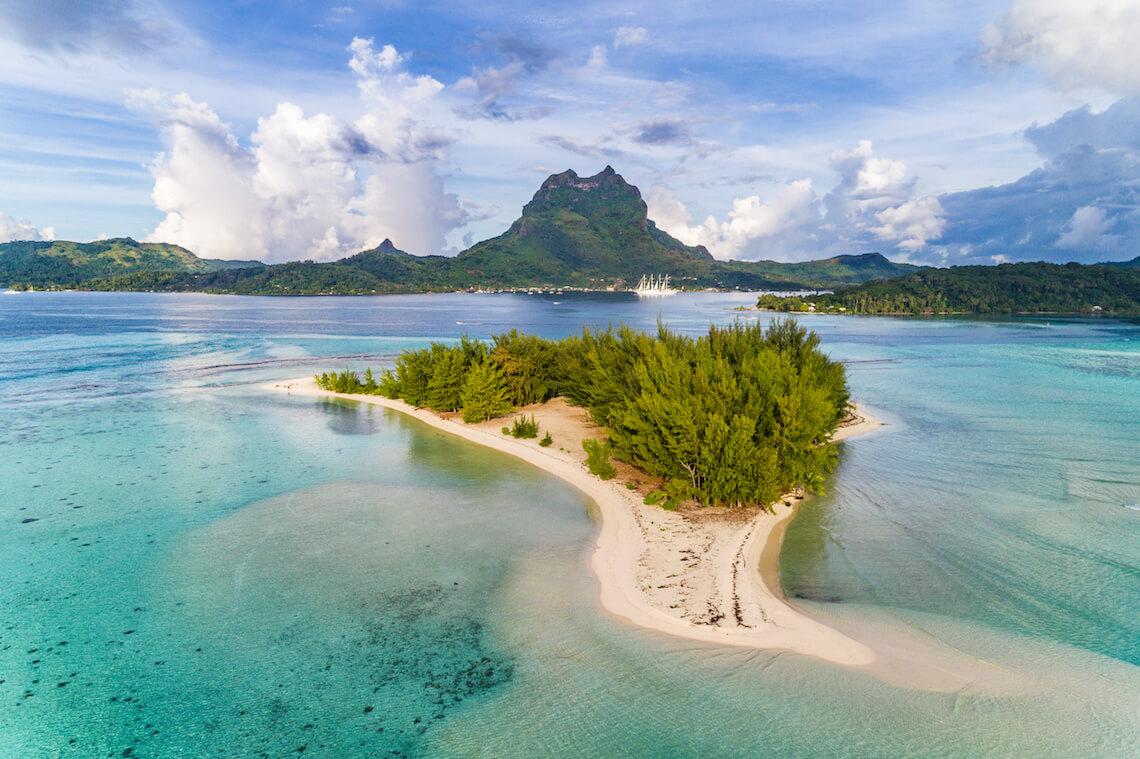 1585219817_Tahiti_shutterstock_727273675petite.jpg